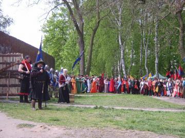 FESTYN RYCERSKI Byczyna Maj 2007 (10).jpeg