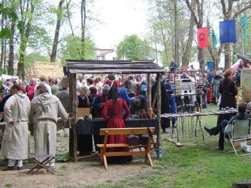 FESTYN RYCERSKI Byczyna Maj 2007 (63).jpeg