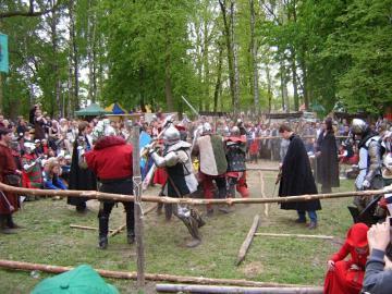 FESTYN RYCERSKI Byczyna Maj 2007 (143).jpeg