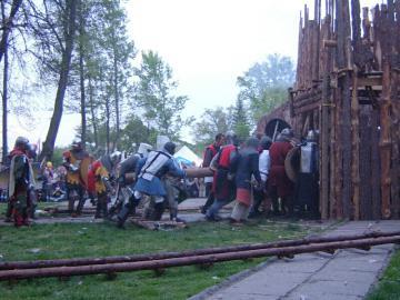 FESTYN RYCERSKI Byczyna Maj 2007 (173).jpeg