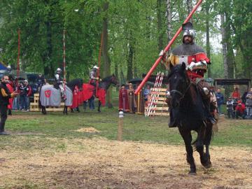 FESTYN RYCERSKI Byczyna Maj 2007 (188).jpeg